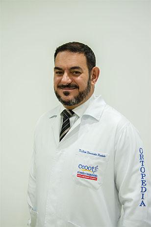 Dr. Caio Ruotolo